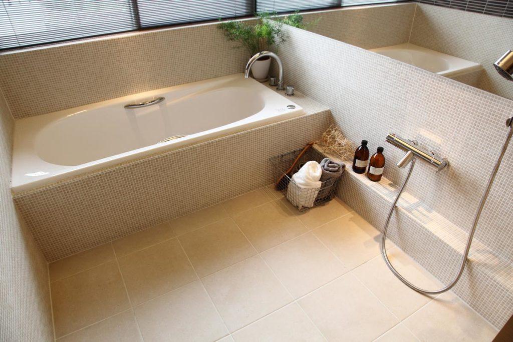水回りのお掃除方法をご紹介!〜洗面まわりとバスルーム〜画像